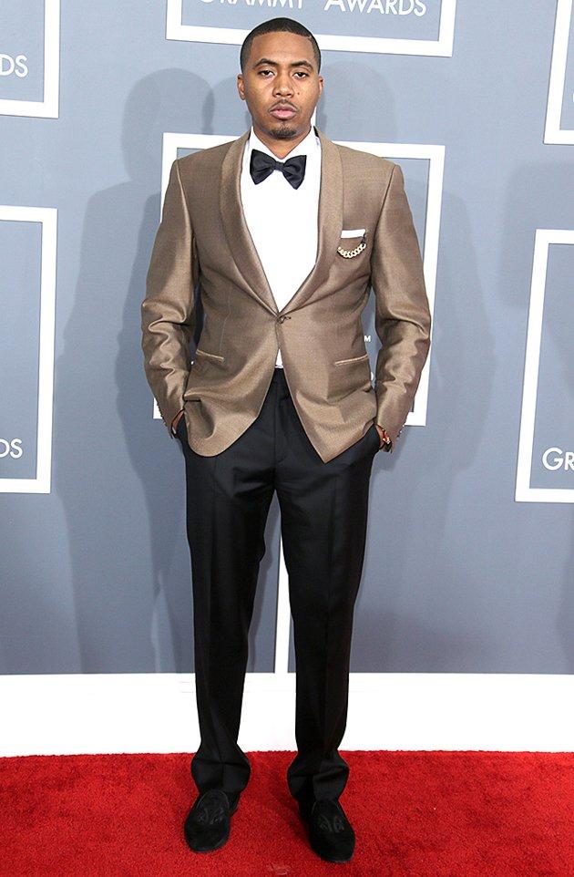 Dashing Nas at the Grammys (Source: Yahoo Music)